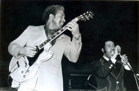 Fenton Robinson and Eddie Taylor - By Andre Hobus