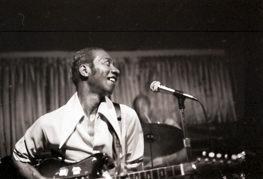 Hound Dog Taylor in 1972 - By Hasse Andreasson