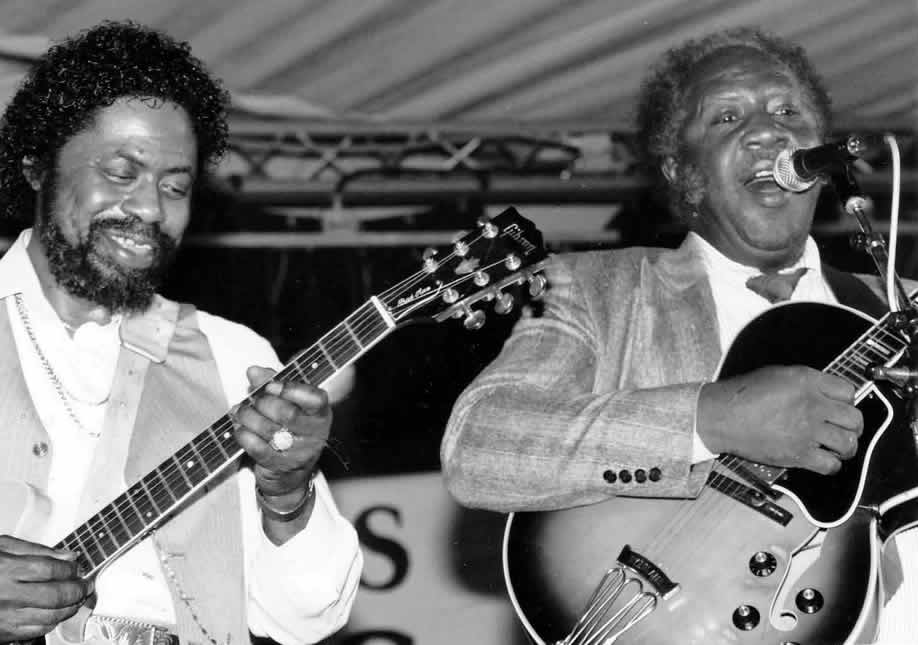 Son Seals and Fenton Robinson at Ecaussines Festival in France 1992 - By Andre Hobus 2